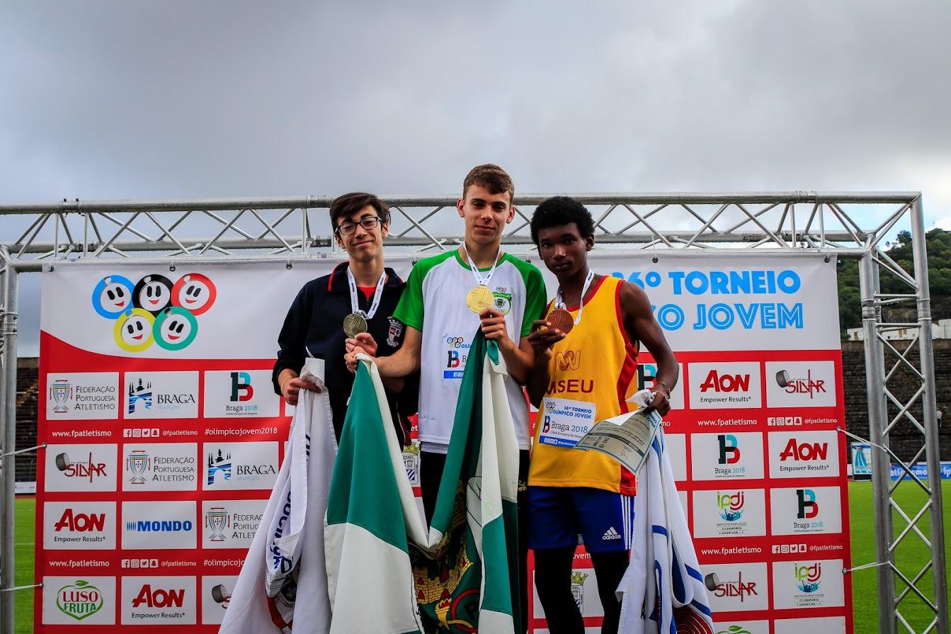 Carolina Maio e Francisco Castro medalhados no Torneio Olímpico Jovem Nacional