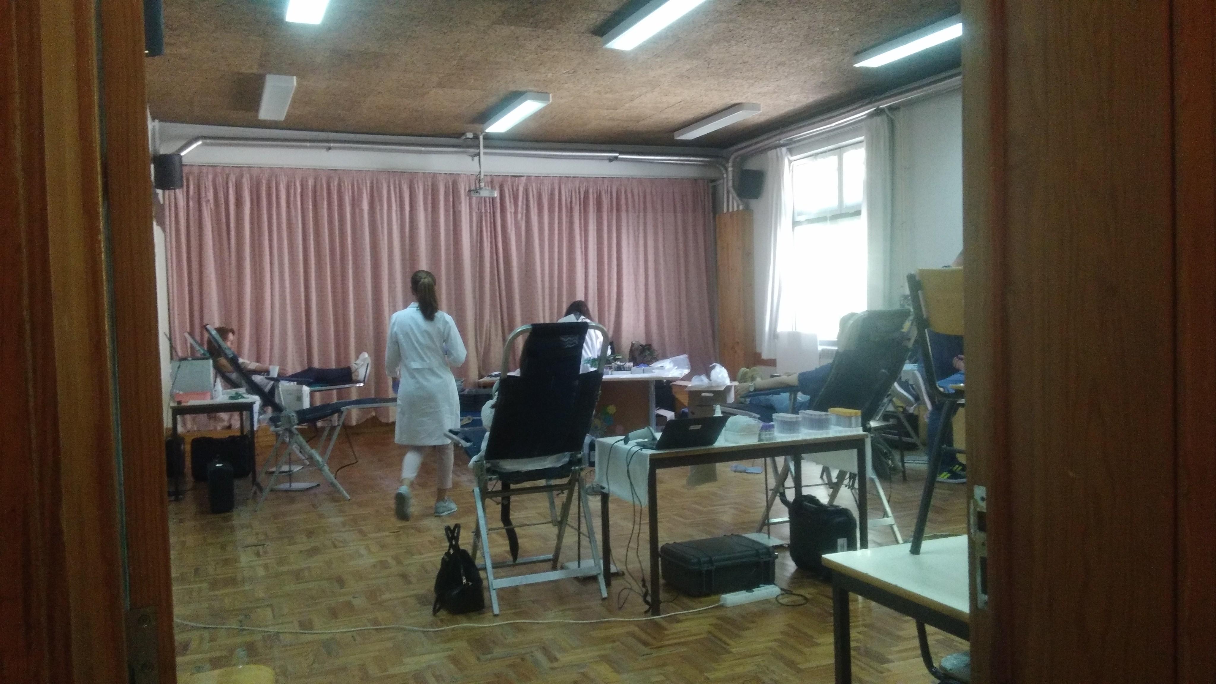 Campanha de recolha de sangue na Escola Básica João de Barros – 25  de maio de 2019